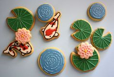 Koi fish pond decorated cookies.