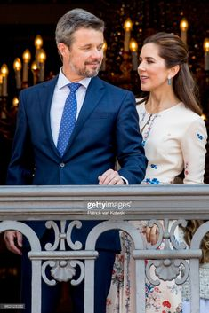 MAY 26: Crown Prince Frederik of Denmark and Crown Princess Mary of Denmark appear on the balcony as the Royal Life Guards carry out the changing of the guard on Amalienborg Palace square on the occasion of the 50th birthday of The Crown Prince Frederik of Denmark on May 26, 2018 in Copenhagen, Denmark. (Photo by Patrick van Katwijk/Getty Images)