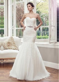 GORGEOUS TULLE POLKA DOT TULLE MERMAID NECKLINE NATURAL WAISTLINE WEDDING DRESS WITH DELICATE BEADED LACE APPLIQUES