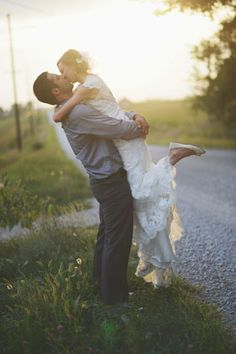 Iowa_Barn_Wedding_by_Hannah_White_Photography.15