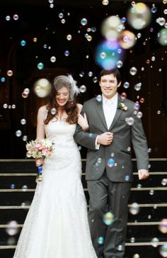Great idea for an aquarium wedding- bubbles! Wedding Send Off, Wedding Exits, Trendy Wedding, Wedding Bells, Perfect Wedding, Wedding Ceremony, Dream Wedding, Wedding Church, Wedding Night