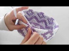 Penye ipten sırt çantası yapımı (ribbon ip ile çanta yapımı) -5 son - YouTube Tapestry Crochet Patterns, Crochet Stitches, Crochet Handbags, Crochet Purses, Crochet Bowl, Knit Crochet, Mochila Crochet, Crochet Storage, Crochet Decoration
