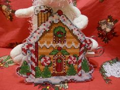 CAROL OF THE BELLS: GINGERBREAD HOUSE ......