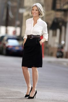 Women& white dress shirt, black pencil skirt, black suede pumps, d Over 50 Womens Fashion, 50 Fashion, Fashion Over 40, Work Fashion, Timeless Fashion, Mature Fashion, Older Women Fashion, Spring Fashion, Mode Blog