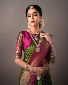 Green and pink silk kanchipuram sari.Braid with fresh jasmine flowers. Blouse Designs High Neck, Blouse Designs Silk, Bridal Blouse Designs, South Indian Blouse Designs, Pattu Saree Blouse Designs, Saree Blouse Patterns, Designer Blouse Patterns, Blouse For Silk Saree, Pattern Blouses For Sarees