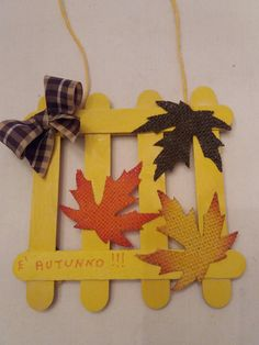 Fuori porta autunnale by Giovanna Serafini Outside the autumn door by Giovanna Serafini Cute Crafts, Craft Stick Crafts, Preschool Crafts, Easy Crafts, Diy And Crafts, Arts And Crafts, Autumn Crafts, Fall Crafts For Kids, Thanksgiving Crafts