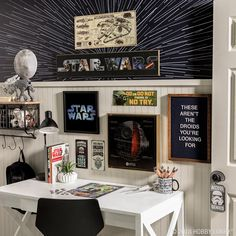 The Force is strong with this space. For your favorite droids decor and more s - Star Wars Men - Ideas of Star Wars Men - The Force is strong with this space. For your favorite droids decor and more shop Star Wars items now! Decoracion Star Wars, Star Wars Zimmer, Star Wars Room Decor, Star Wars Bathroom, Hobby Lobby, Inspired Homes, New Room, Sweet Home, Bedroom Decor