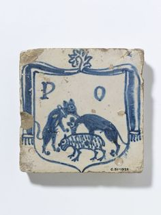 Tile      Place of origin:      Manises, Spain (made)     Date:      ca. 1526-1531 (made)     Artist/Maker:      Unknown (production)     Materials and Techniques:      Tin-glazed earthenware     Credit Line:      Given by Mr Lionel Harris     Museum number:      C.51-1928