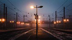 One dead light / hs2017 #light #night #lille #lillemaville #igerslille #igersfrance #piclille #hautsdefrance #hautsdefrance_inlive #hautsdefrancetourisme #gare #train #trainstation #landscape #landscapephotography #urbanlandscape #dusk #winter #fog #nikonfr #lesphotographes