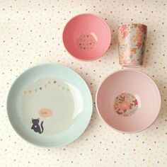 Image of Well Fed Kitty Cat Dinner Set - LOVE THIS!