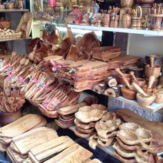 Happy Chez Moi: Šta kupiti na odmoru u Grčkoj, a da nije klopa? Olive Recipes, Corfu Greece, Wood Display, Stuffed Mushrooms, Recipe Ideas, Natural, Awesome, Beach, Food