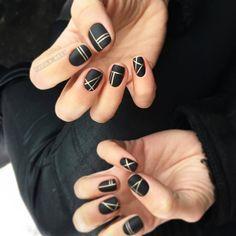 Geometrical Nail Designs