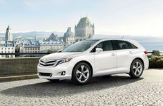 2013 toyota Venza. Absolutely love this car! It's perfect for those who travel in large groups. So glad I got it