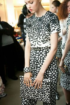 0e54ea2e729 Dior Couture, Couture Fashion, Fashion Beauty, Coco Chanel Fashion, Lindsey  Wixson