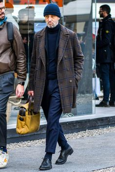 Cool and Trendy Winter Fashion Style Ideas for Men - Suitable Fashion Ideas for You Stylish Mens Fashion, Best Mens Fashion, Fashion For Men Over 50, Stylish Menswear, Herren Outfit, Inspiration Mode, Fashion Inspiration, Voodoo, Street Style