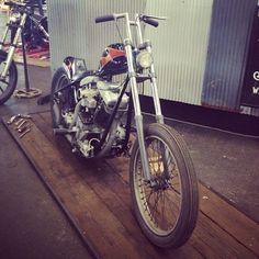 #shovelhead #harleydavidson #motorcycle #chopper #bobber #choppershit #harley #choppers #bobberporn #1970s #merica #instashare by a40nabowl