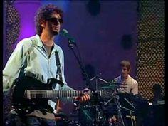 Ella Uso Mi Cabeza Como Un Revolver - Soda Stereo (MTV Unplugged)