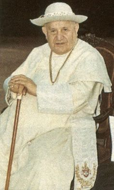 saturno bianco Pope John, Pope Francis, Catholic Saints, Roman Catholic, Papa Pio Xi, Juan Xxiii, Juan Pablo Ii, Blessed Mother Mary, God Loves You
