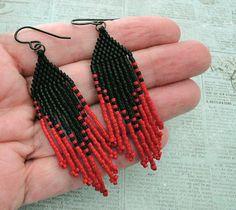 Linda's Crafty Inspirations: Fringe Earrings - Black & Red
