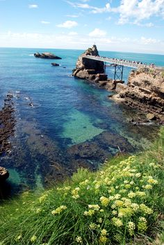 Biarritz : Le Rocher de la Vierge Basque country, Aquitaine FRANCE pais vasco, francia