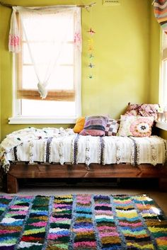 colorful guest bedroom a visit with little nicki / sfgirlbybay Bohemian Interior, Bohemian Design, Bohemian Decor, Bohemian Style, Bohemian Bedrooms, Bohemian Lifestyle, Vintage Bohemian, Interior Bohemio, Turbulence Deco