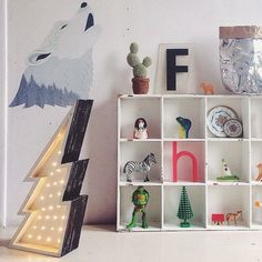 mommo design: MARQUEE SIGN IN KIDS' ROOM