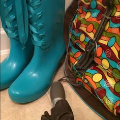 """Dirty Laundry Rainboots Ideal for April showers. Check out these """"Raincheck"""" Wedge heels, approximately 13 inches in height , calf circumference approximately 15 inches.  Worn about the three times, with a few small black scuff marks. Dirty Laundry Shoes Winter & Rain Boots"""