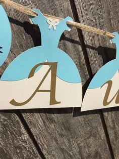 Banner de cumpleaños de Cenicienta princesa por CraftedOccasions Cinderella Gowns, Cinderella Birthday, Princess Birthday, Bird Wings, Robins Egg, Little Birds, Garland, Card Stock, Banner