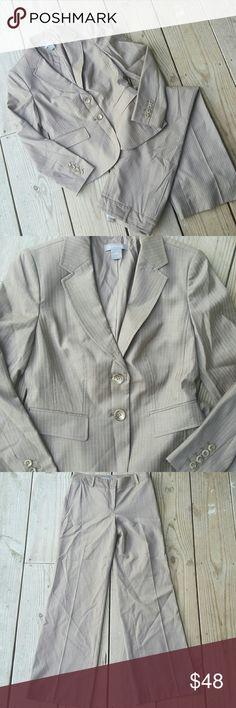 Beautiful Ann Taylor suit NWOT Tan, pinstripe, lined, Margo fit pants, size 2, NWOT Ann Taylor Jackets & Coats Blazers