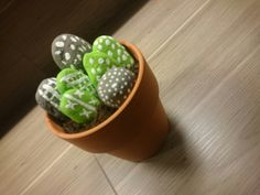 "Osterdeko selfmade Stone grau grün  ""Kaktus"""