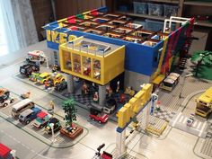 Lego IKEA: A LEGO creation by Rasmus Altenkamp