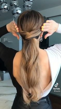 Hairdo For Long Hair, Easy Hairstyles For Long Hair, Braids For Wavy Hair, Style Long Hair, Easy Ponytail Hairstyles, Easy Party Hairstyles, Wedding Guest Hairstyles, Work Hairstyles, Hairstyles Videos