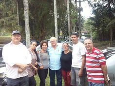 Fabretti, Norma, Rosa, Vilma, Valdemar e Maurício vereador de Santa Isabel durante nossa caminhada.