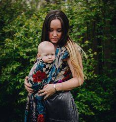 Babywearing wraps - Mama and baby in a gorgeous one-of-a-kind Kantha Bae Ring wrap carrier. Handmade by women survivors in Bangladesh. Baby Wearing Wrap, Ring Sling, Photo Today, Handmade Baby, Bae, Wraps, Couple Photos, Pretty, Atticus