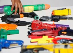 Venda de arma de brinquedo é proibida em São Paulo. O que você acha da decisão?