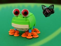 This cute tree frog is on pleyworld.com and needs you to vote for it to become a real set!