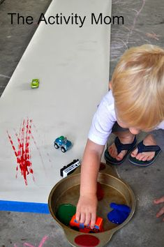 The Activity Mom: Host a Summer Tot School-- great round up of toddler activities for the outdoors