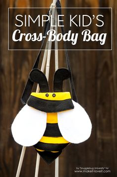 How to make a Kid's BUMBLEBEE Cross-Body Bag | via www.makeit-loveit.com