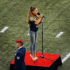 ariana grande national anthem | Ariana Grande Sings National Anthem at NFL Kickoff Game