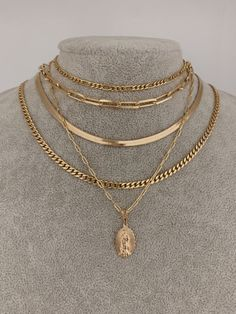Layered Gold Necklaces, Layering Necklaces, Layered Jewelry, Stylish Jewelry, Cute Jewelry, Gold Jewelry, Jewelry Accessories, Fashion Jewelry, Gold Chain Link Necklace