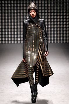 Gareth Pugh Fall 2011 Ready-to-Wear Collection on Style.com: Complete Collection