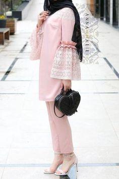 Paris Modest Set - New Dress Vintage Prom, Vintage Dresses, Vintage Black, Abaya Fashion, Muslim Fashion, Fashion Dresses, 50 Fashion, Ladies Fashion, Fashion Styles