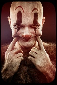 Maybe this is why some ppl are afraid of clowns... More when they are small-people dressed as clowns :D