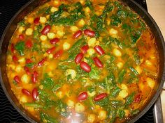 Arabische Kichererbsen-Spinat Suppe, ein gutes Rezept aus der Kategorie Eintopf. Bewertungen: 277. Durchschnitt: Ø 4,3.