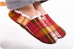 Comfy Cozy Slippers | Sewing Pattern | YouCanMakeThis.com