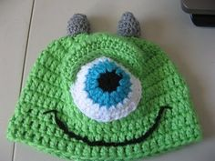 In video one I will teach you have to make the beanie, and eye portion of the hat.  This cute little green monster is sure to make you smile.  I was inspired by Monsters Inc.  I hope you will enjoy this project.  It can be made for sizes toddles thru male adult.  See suggestioned hook sizes:   Infant- Size G Hook, Babies  Size H  hook, Toddler Si...