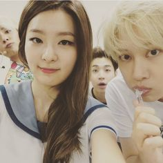 Heechul and Henry with Amber and Seulgi ❤