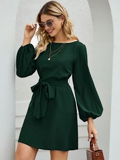 Verde Com cinto Simples elegante Vestido | SHEIN Mini Dress With Sleeves, Lace Sleeves, Belted Dress, Striped Dress, Women's Fashion Dresses, Casual Dresses, Women's Dresses, Polyester Material, Bishop Sleeve