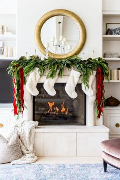 My Home Decorated for Christmas. - Pink Peonies by Rach Parcell After Christmas, Christmas Balls, Christmas Home, Christmas Holidays, Christmas 2019, Vintage Christmas, Christmas Ideas, Christmas Villages, Victorian Christmas