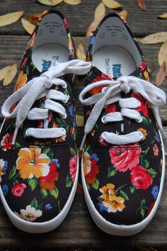 446887b08038 Womens Vintage 90s Keds Black Floral Romantic by MaidenhairVintage